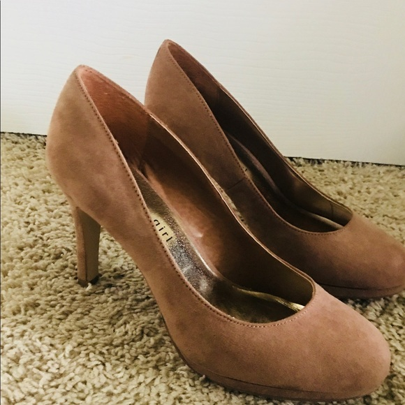 ac841b00257 Madden Girl Shoes - Madden Girl Women s Dark Nude Dress Pumps size 6.5